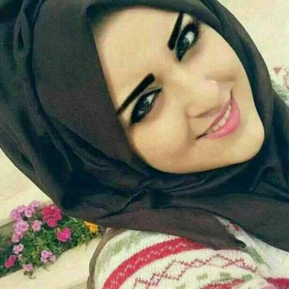 بالصور صور بنات مزز , لكل بنت لها شكلها واسلوبها وطريقتها عن الاخرين 2235 2