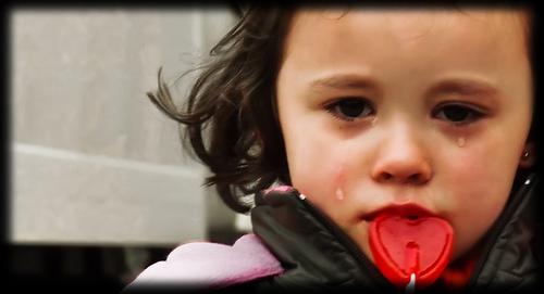 بالصور صور اطفال حزينه , الاطفال هدية من الله لاتحرم احد منهم 2312 2
