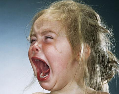 بالصور صور اطفال حزينه , الاطفال هدية من الله لاتحرم احد منهم 2312 3