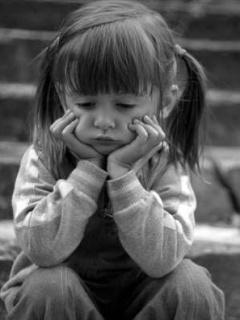 بالصور صور اطفال حزينه , الاطفال هدية من الله لاتحرم احد منهم 2312 7