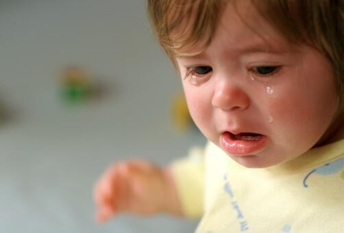 صور صور اطفال حزينه , الاطفال هدية من الله لاتحرم احد منهم