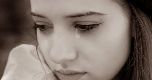 صوره صور فتاة حزينة , دموع وحزن الفتاه