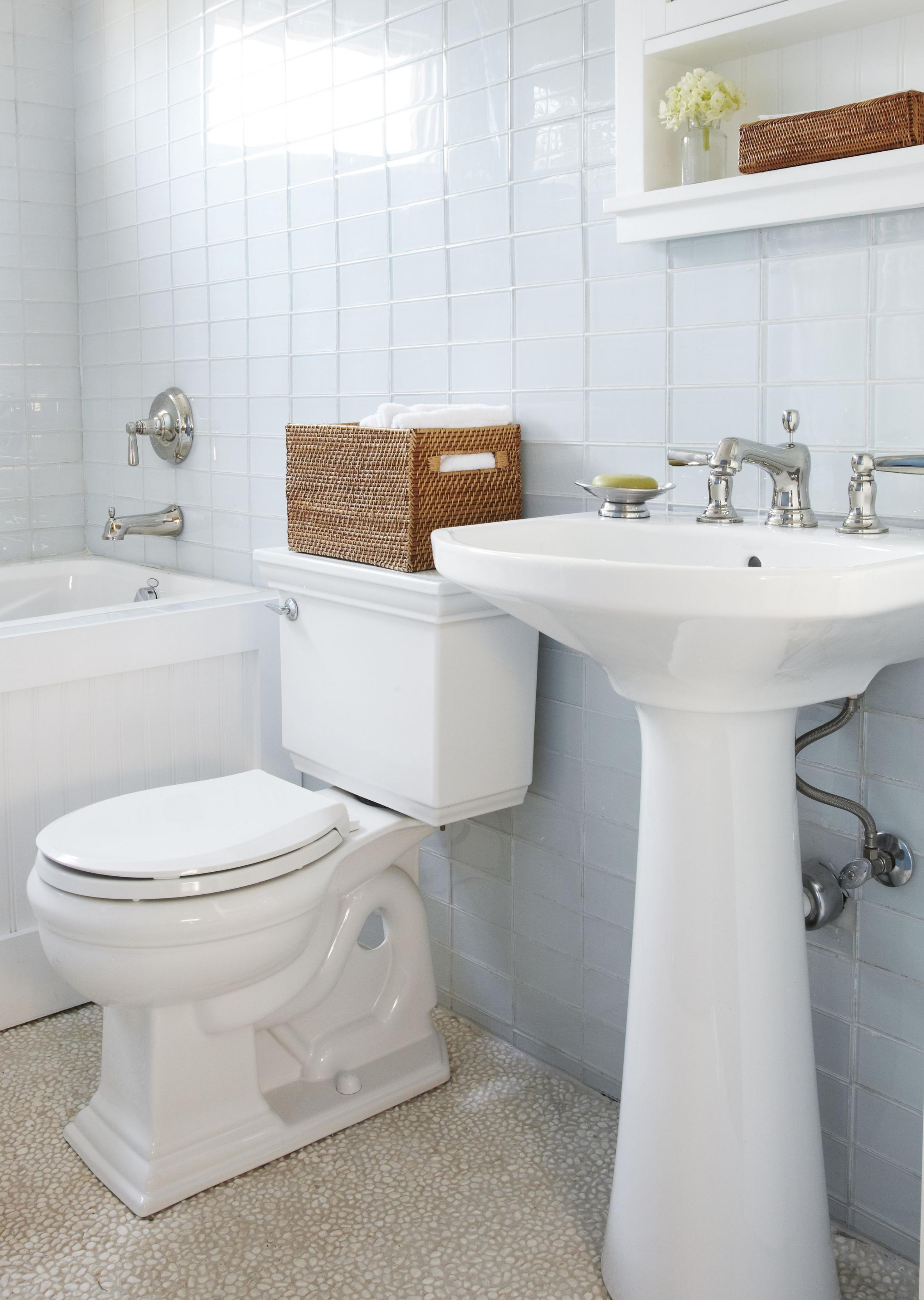 بالصور ديكورات حمامات صغيرة جدا وبسيطة , افكار لتنظيم الحمامات الصغيره 4364 9