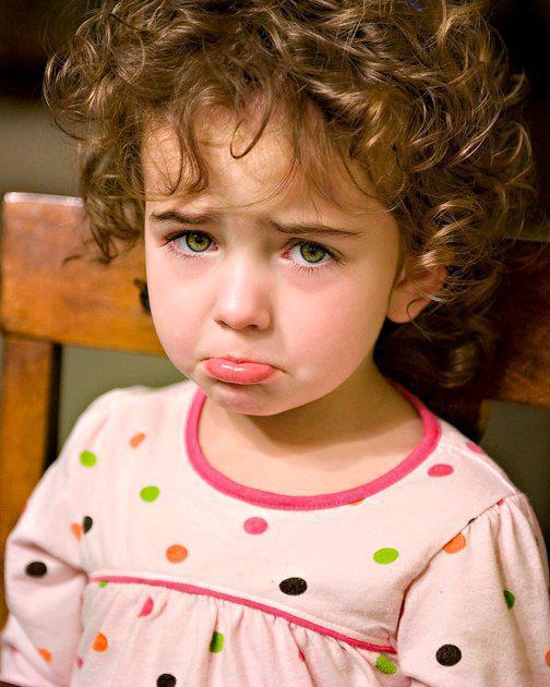بالصور طفلة حزينة , دموع وحزن الاطفال 4543 2