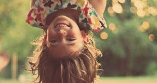 صوره صور بنت تضحك , جمال ضحكة البنت