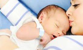 صوره الولادة الطبيعية بالصور لحظة بلحظة , فرحه بعد الم