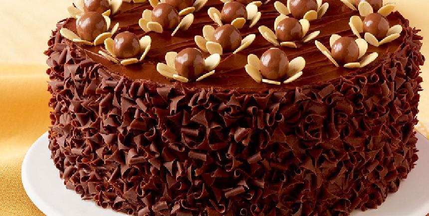 كيكة الشوكولاته كيفية تزيين كعكة