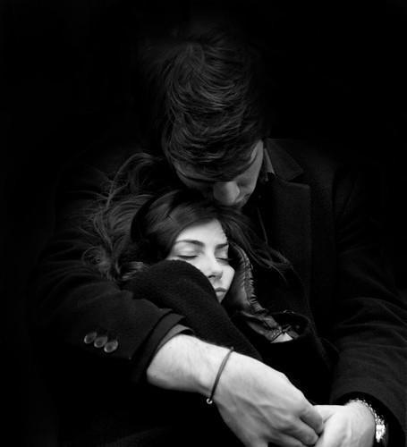 صور احضان رومانسيه اصدق حضن دافئ ورومانسي قصة شوق
