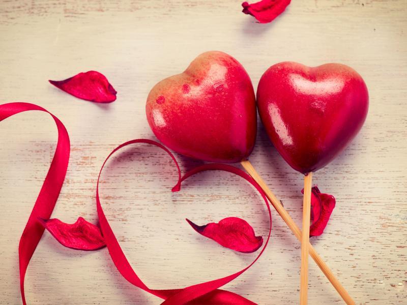 بالصور احلى صور حب , ما يزرع في القلب ينبت في ملامحنا . 6301 4