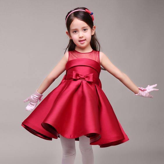 بالصور موديلات فساتين بنات , اروع ملابس للفتيات الصغار 3593 11