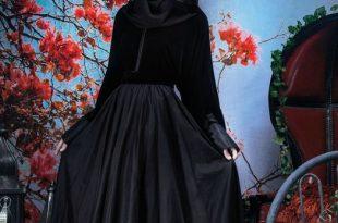 صورة عبايات مخمل , باطلالة رائعة المراة العربية عبايات شيك مخملية