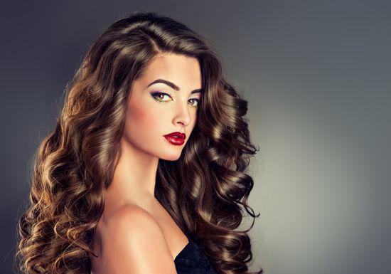 بالصور لف الشعر بالفير , كيفية تصفيف الشعر باستخدام الفير 12749 10
