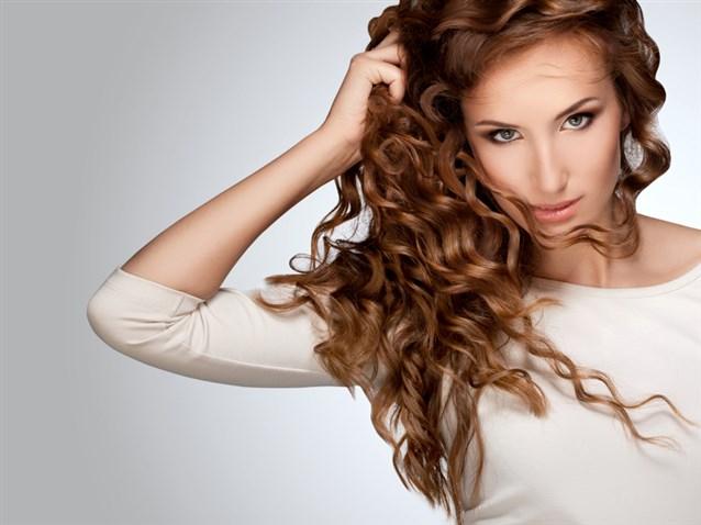 بالصور لف الشعر بالفير , كيفية تصفيف الشعر باستخدام الفير 12749 11