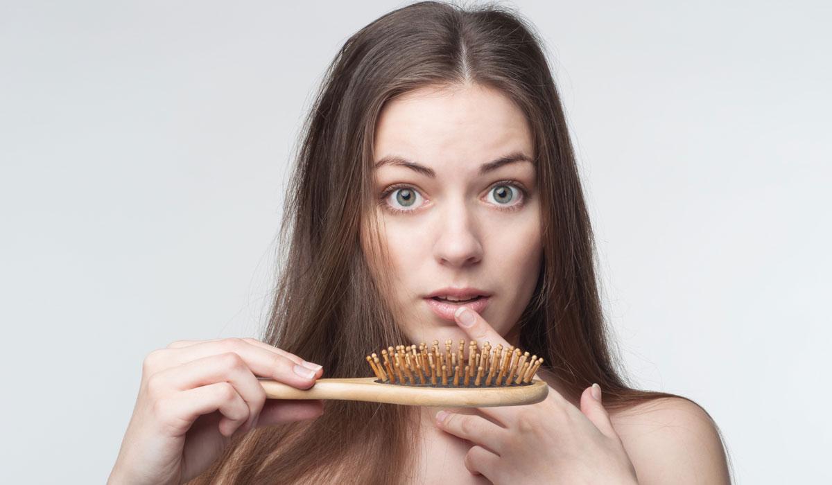 صورة تساقط الشعر , اسباب وعلاج فقدان الشعر 851 1