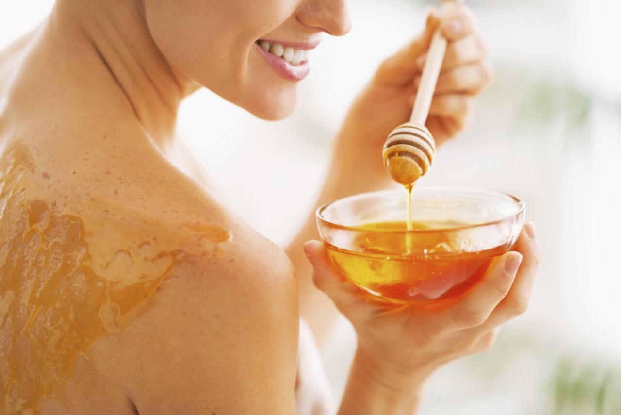 صورة فوائد العسل للوجه , ماهى فوائد قناع العسل للوجه 12271 5