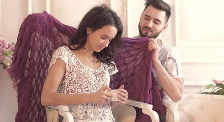 صور كيف اعرف زوجي يحبني , علامات كثيره تدل على عشق زوجك لكى